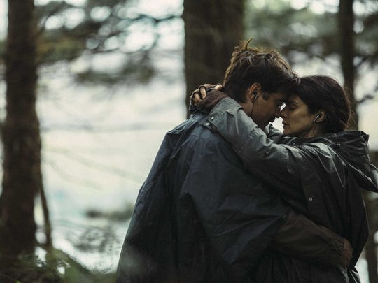 """David (Colin Farrell) needs to fall in love in """"The Lobster."""" Could the character played Rachel Weisz be the one?"""