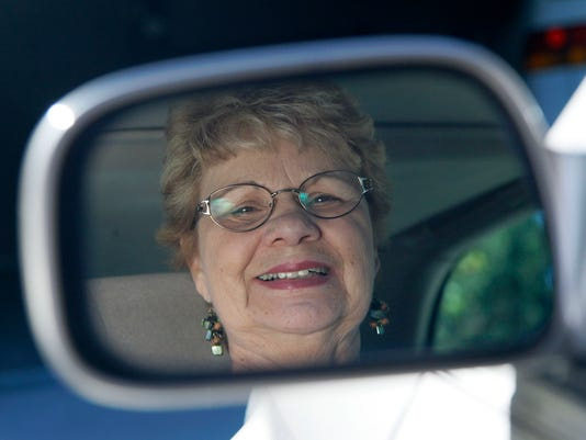 AP AGING AMERICA OLDER DRIVERS A USA IL