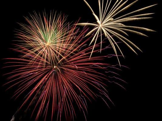 IMG_fireworks_1_1_0F7IK2GQ.jpg_20140606.jpg