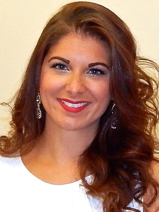 Nicole Baniowski