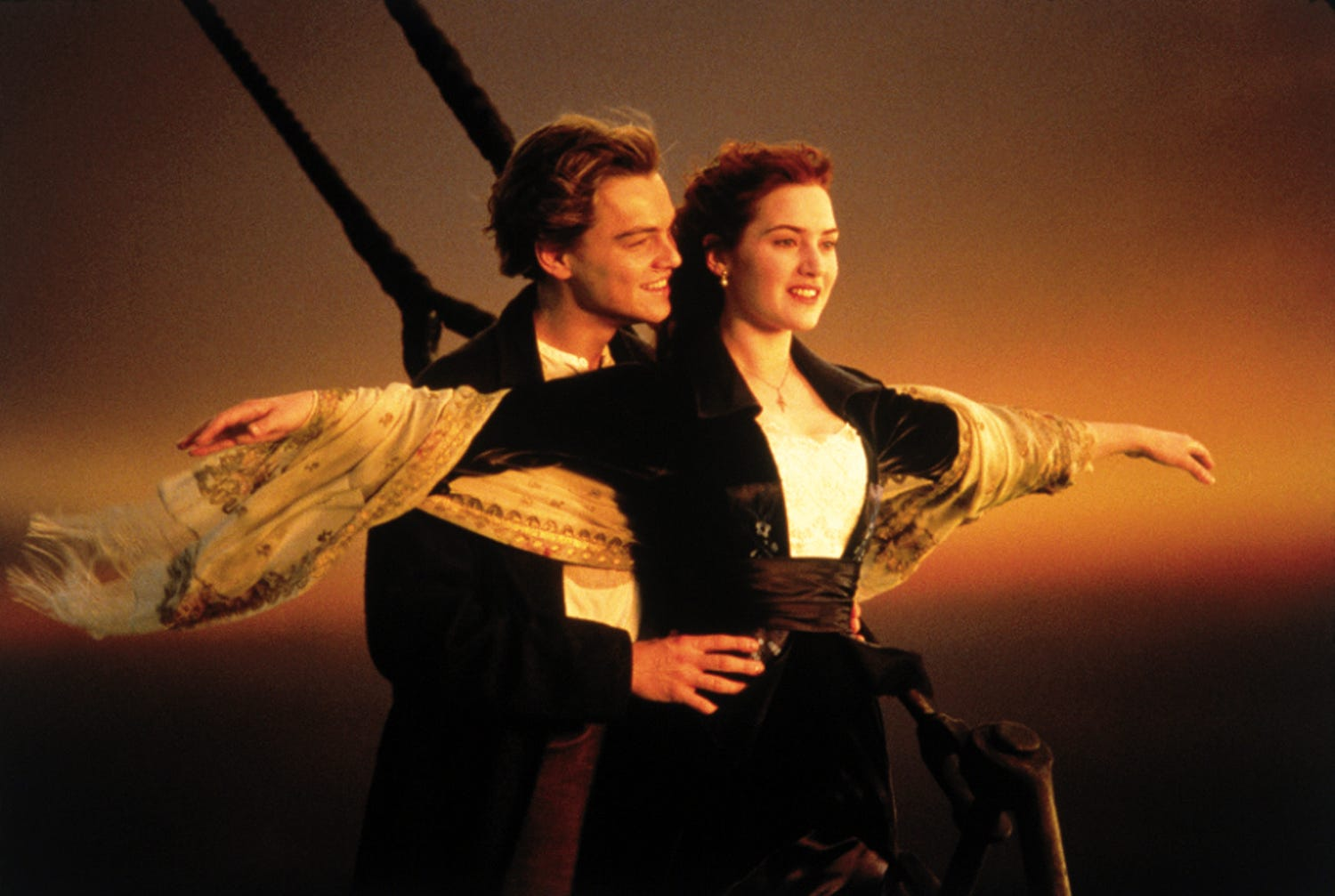 Titanic supporting film actor still gets paid for filming 20 years ago 85