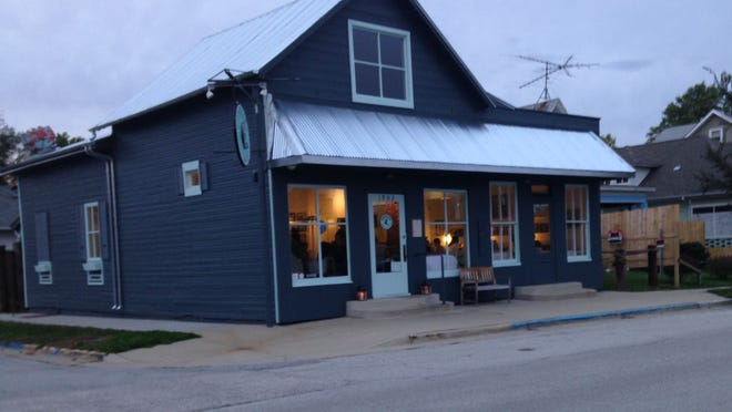 Parkside Seafood House–Oyster Bar is in the former location of Tom's Parkside Deli across from Columbian Park.