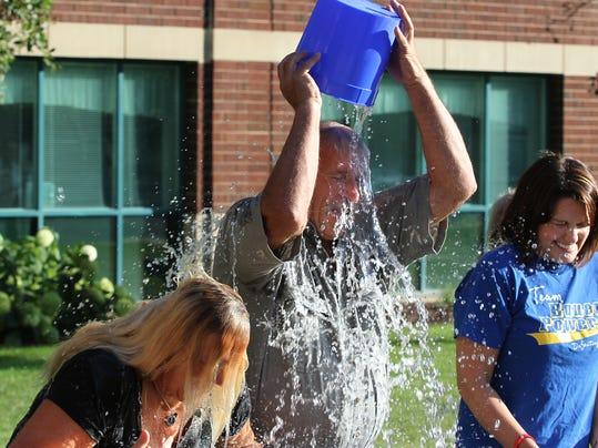 OSH ALS ice bucket challenge 081914 013.jpg