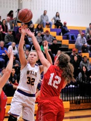 Wylie's Skylar Williams goes over Jim Ned's Taylor