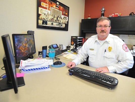 636075546168296264-MNH-Fire-chief2.jpg