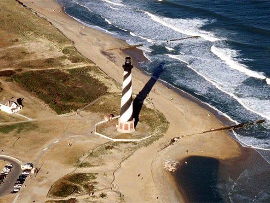 Cape_Hatteras_lighthouse_North_Carolina.jpg