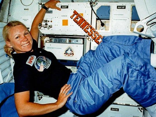 NAS-Sig-Bliss-0529-Astronaut-01.JPG