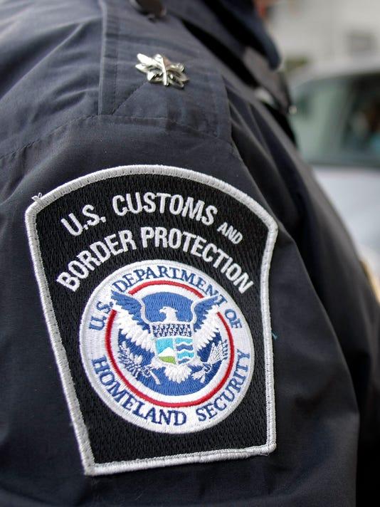 Agente Fronterizo arrestado por mentir sobre su ciudadanía