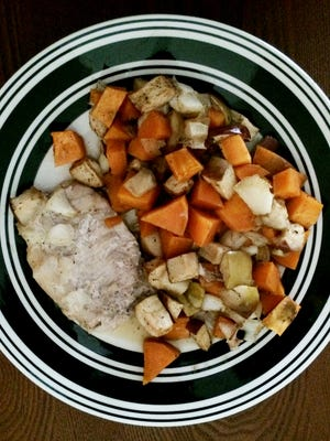 Pork with sweet potatoes and apples.