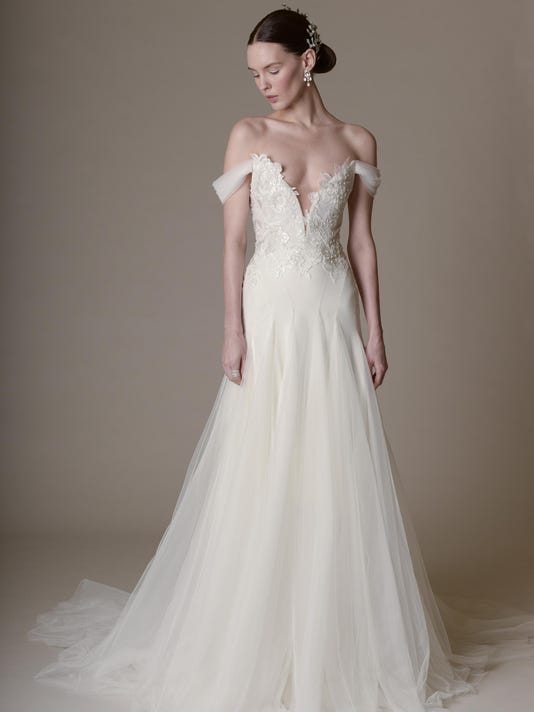 Weddings-Sexy Gowns_9