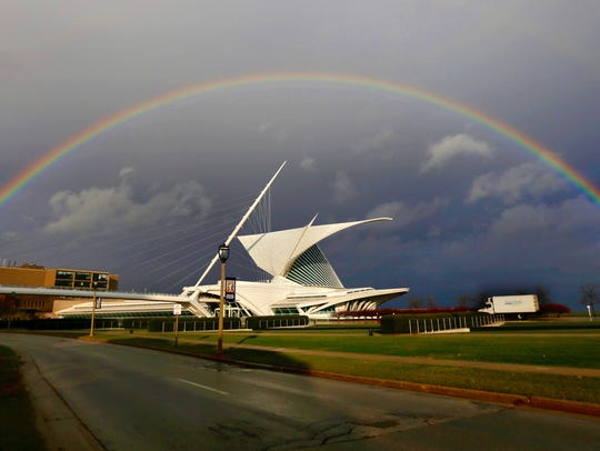 A rainbow arcs over the Milwaukee Art Museum in Milwaukee
