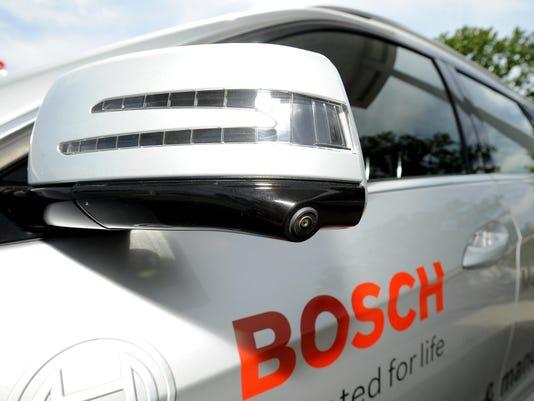-060216-tm-Bosch077.jpg_20160617.jpg