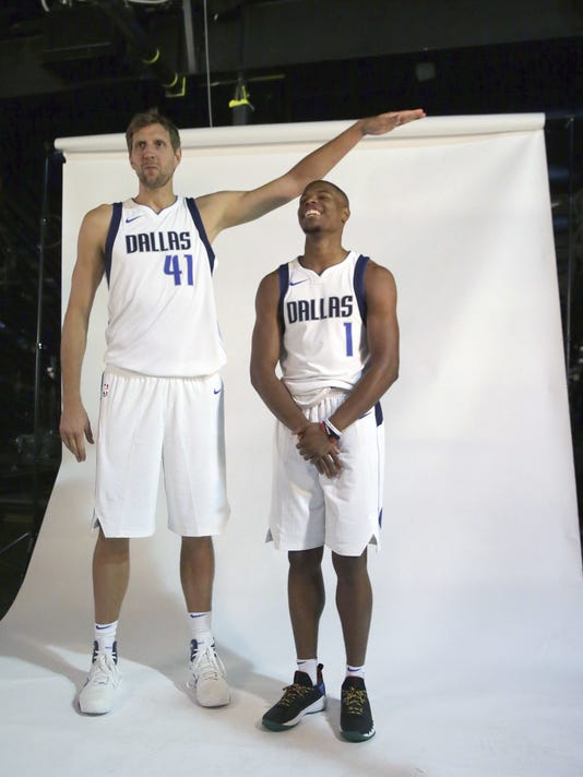 Dirk Nowitzki, Dennis Smith Jr.
