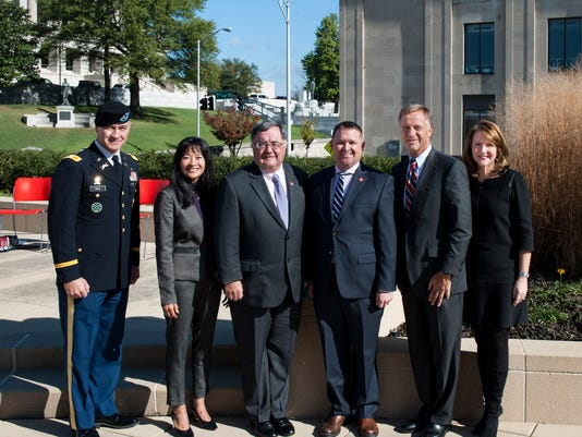 11-10-15 Governor Bill Haslam, First Lady Crissy Haslam and the