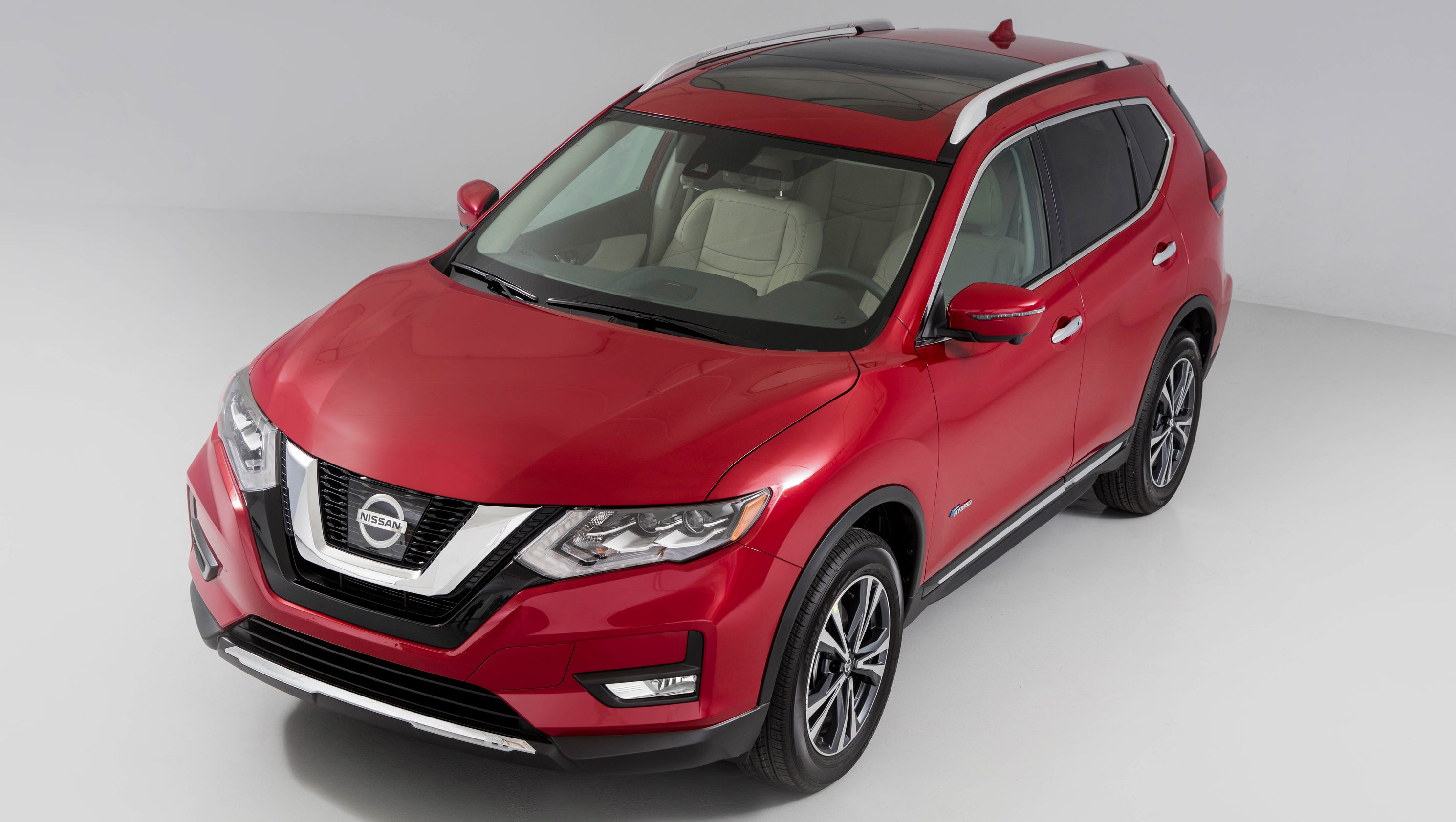 Review Nissan Gets Serious With 2017 Rogue Hybrid