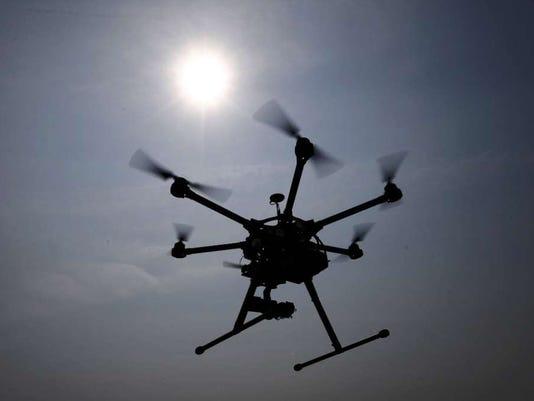 091015-sb-dronesjpg.jpg