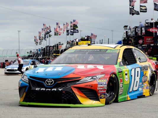 Dale Earnhardt Jr.: Where Joey Logano has an edge in NASCAR title race