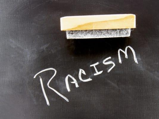 635820834397993227-racism