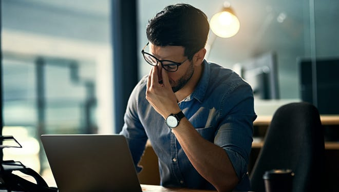 Global consultant Mercerrecently estimated thatworkers spend roughly 150 hoursannually on average, nearly three hours a week, worrying about money issues. This could be costing employers up to $250 billion in lost wages, Mercer said.