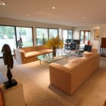 Philanthropists' Mid-century ranch in Franklin was made for art