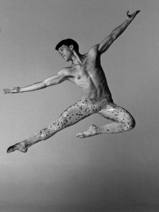 Tom Patrick in Paul Taylors Arden Court by Lois Greenfield.jpg