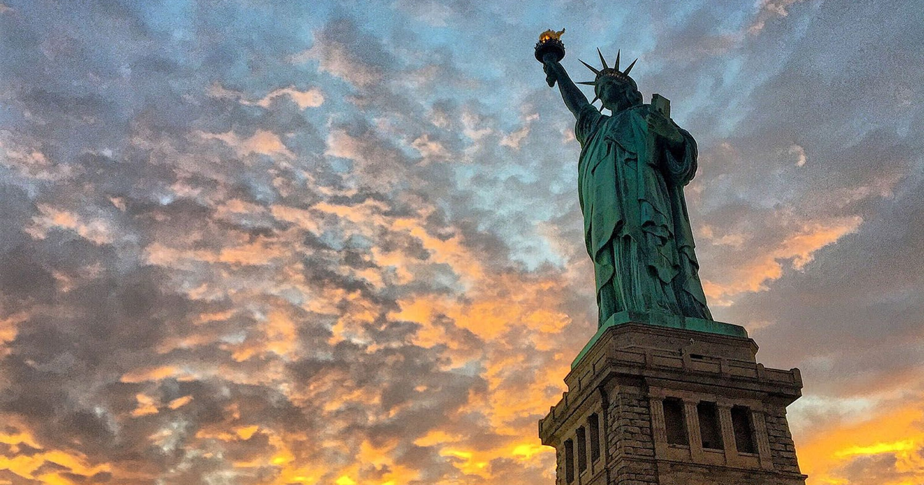 Photos: Statue of Liberty through the years