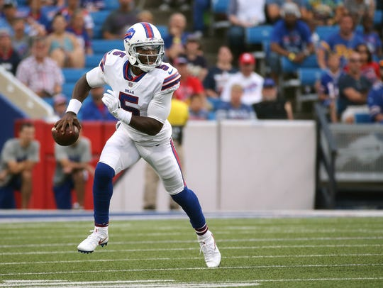 Bills quarterback Tyrod Taylor is once again playing