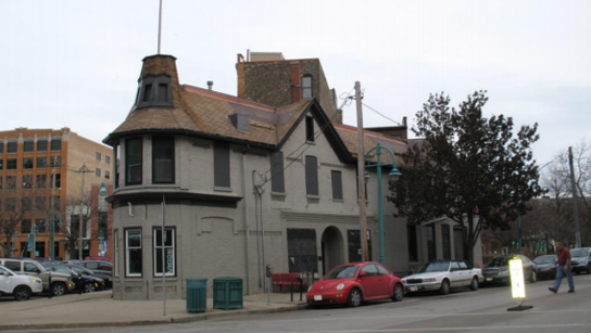 A former Historic Third Ward tavern would be restored