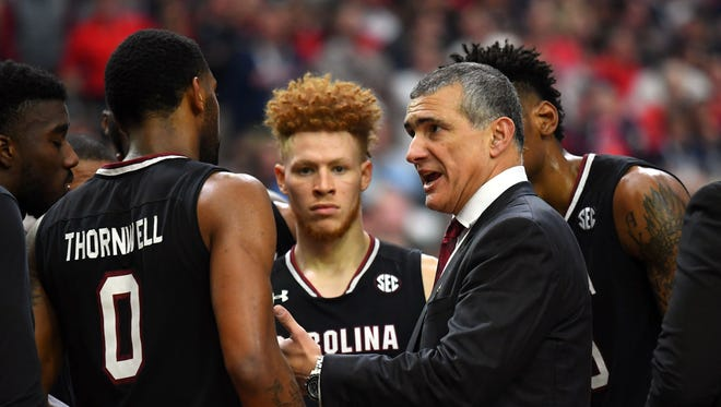 South Carolina Gamecocks head coach Frank Martin talks to the his team during the second half.