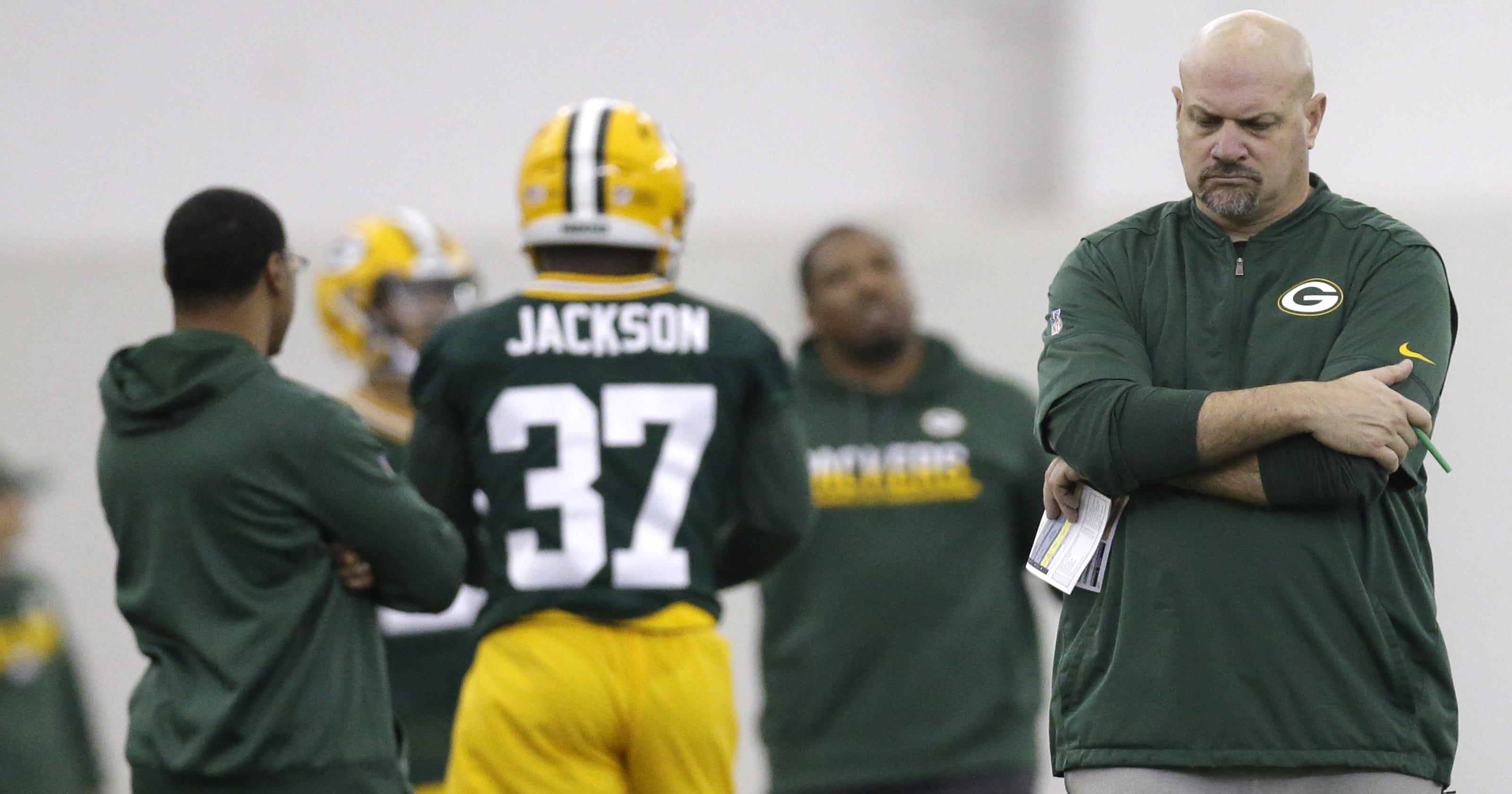 59d514892 Packers defense prioritizing press-man cornerbacks under Mike Pettine