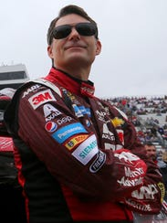 Jeff Gordon lidera el serial Nascar Sprint Cup.