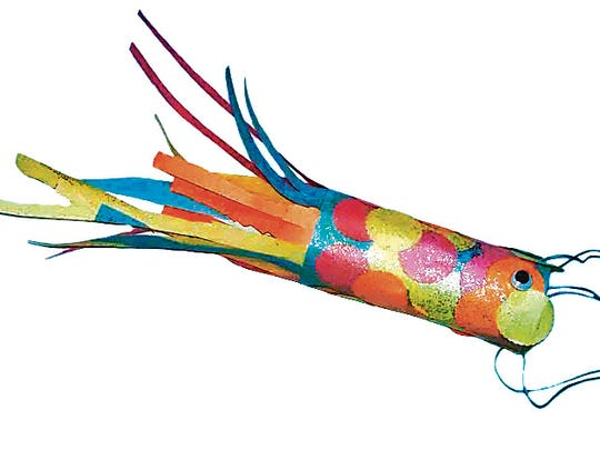 It's easy and fun to make this Japanese fish kite.