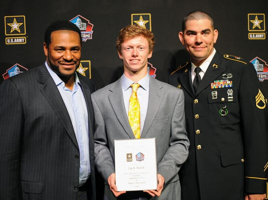 Zach Ward (middle) receives the finalist award for the U.S. Army-Pro Football Hall of Fame Award for Excellence alongside former Steelers runningback Jerome Bettis (left) at Hempfield High School. Patrick Blain - For GameTimePA.com