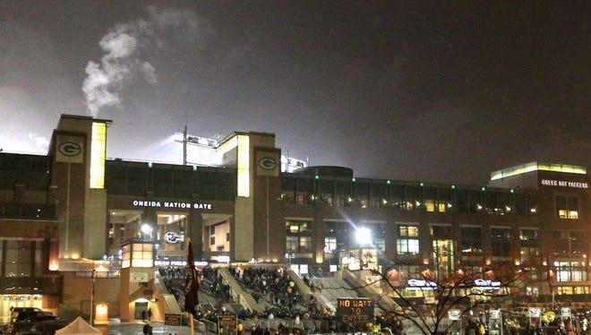 The Green Bay Packers hosted the Atlanta Falcons Monday night at Lambeau Field.