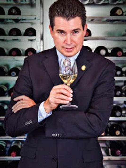 635828765100670622-Eureka-Master-Sommelier-Joe-Phillips-teaches-Wine-Seminar-at-Eureka-Nov-14