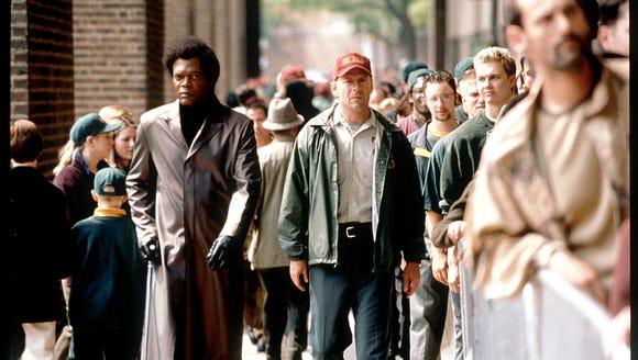 636677094549543634-XXX-E01-STREET-UNBREAKABLE-HOL-MOVIES-10-ECOV Awesome Best Movies Bruce Willis @koolgadgetz.com.info