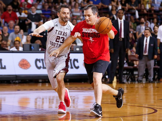After shortening the game from 15 points, Cruz won