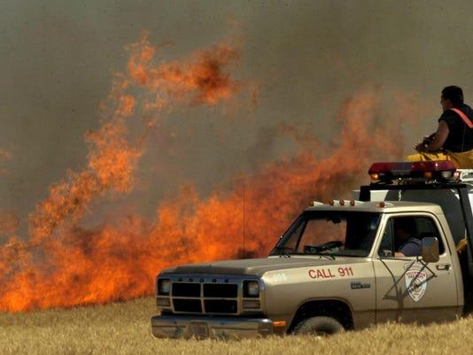 -Wheat Fire1.jpg_20060720.jpg