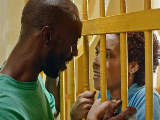 "Love conquers all, even prison bars, in ""Carpinteros."""