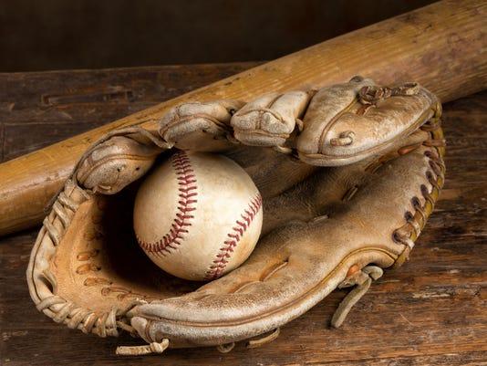 636595619024497385-baseball.jpg