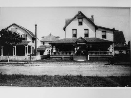 A historical photograph of the Marvel Hotel in 1925 that now houses The Back Porch CafŽe located in Rehoboth Beach.