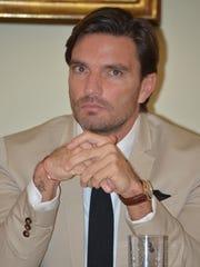 Julián aseguró que Marjorie pidió que se cancelaran los encuentros con Matías, porque ella está trabajando en Miami.
