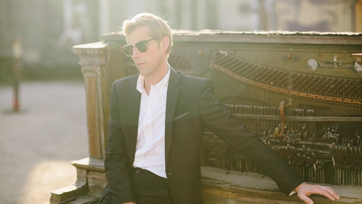 Andrew McMahon started playing piano at 9 and the next year played solos before he could read music.