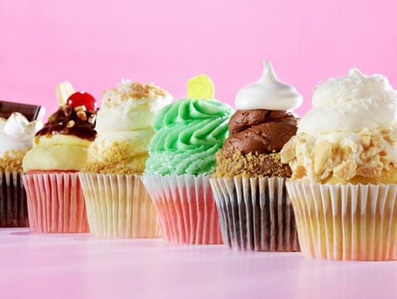 Insider Deal: Six free cupcakes with the purchase of a dozen cupcakes.