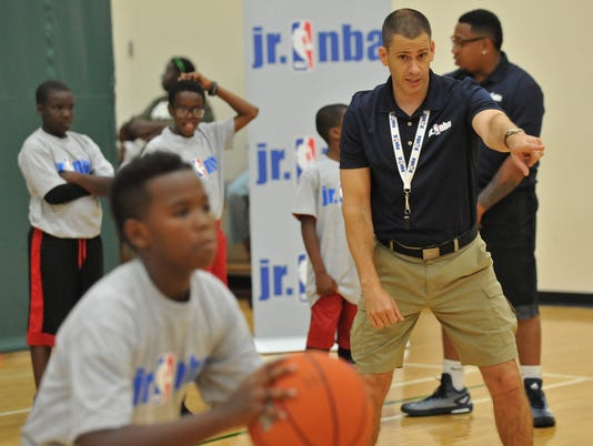 JUNIOR NBA CLINIC IN CHICAGO