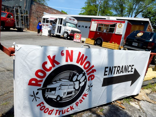 Rock'N Wolfe Food Truck Park is located at 120 W Wolfe