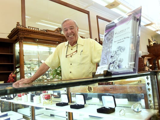 Tom King - Jeweler to soon retire7