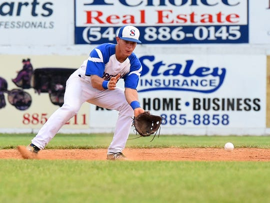 Second baseman Ryan Crile is slated to return to the Staunton Braves for the 2016 season.