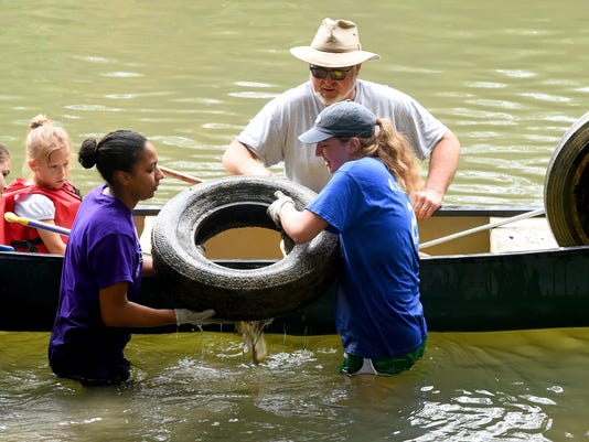 Middle River Cleanup Day