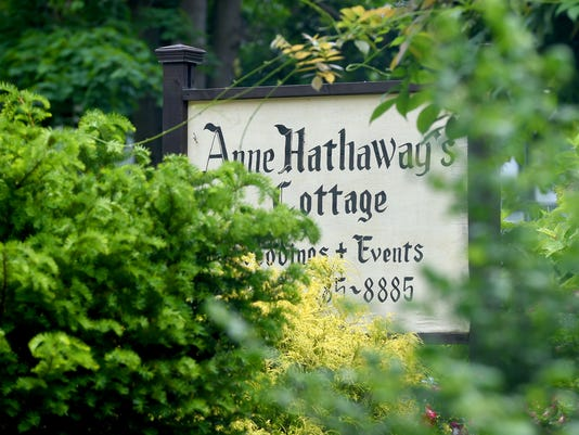Anne Hathaway Cottage Tea Room